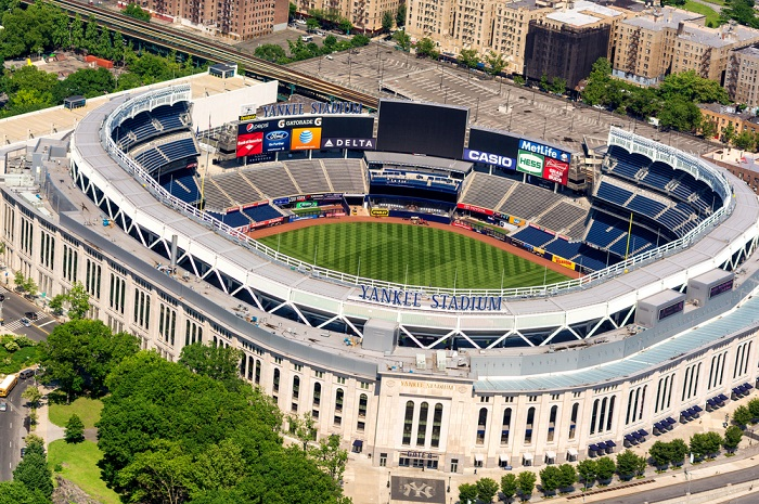 reisefuehrer_new york + stadtplan_yankees stadium