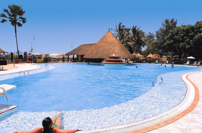Senegambia-Beach-Hotel-Pool